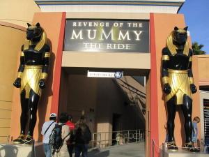 800px-Mummy_the_Ride